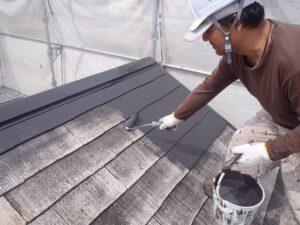屋根塗装中塗りP5210818-s